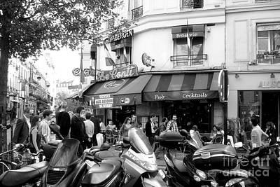 Paris Corner Art Print by Tanya  Searcy