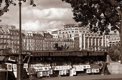 Photograph - Paris Sidewalk Vendor by Andrew Fare