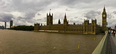 Parliment Art Print by Keith Sutton