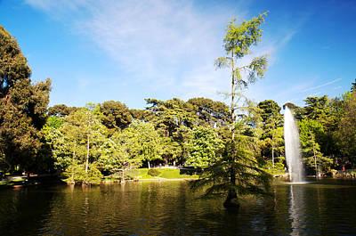 Jardine Photograph - Parque Del Buen Retiro by Fabrizio Troiani