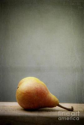 Photograph - Harvest Pear II by Alana Ranney