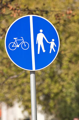 Crosswalk Photograph - Pedestrian And Bicycle Crossing Sign. by Fernando Barozza