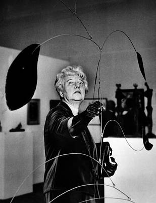 Peggy Guggenheim Adjusts Alexander Art Print by Everett