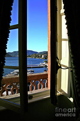 Villa D'este Window Art Print