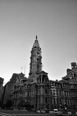 Philadelphias City Hall In Black And White Art Print by Bill Cannon
