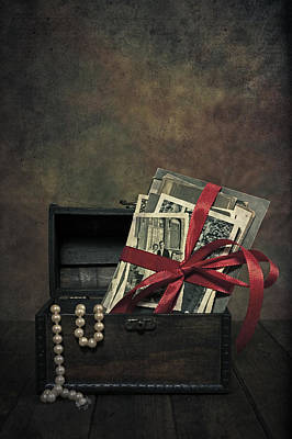 Treasure Box Photograph - Photos by Joana Kruse