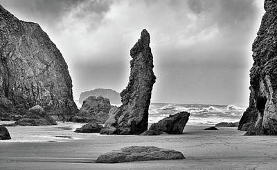 Photograph - Pillar Of The Pacific by Kevin Munro