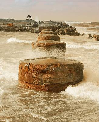 Photograph - Pillar On Sea by Benoit Beal