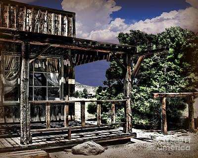 Pioneertown Photograph - Pioneer House by Danuta Bennett