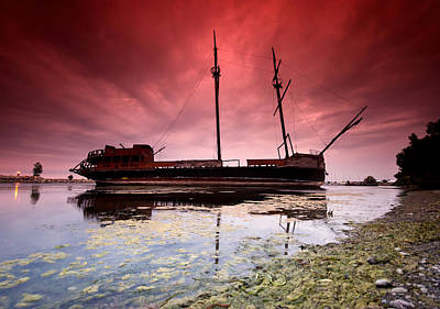 Jordan Photograph - Pirate Ship by Cale Best
