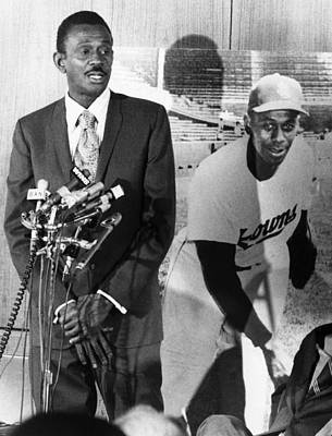Satchel Paige Photograph - Pitcher Leroy Satchel Paige 1906-1982 by Everett