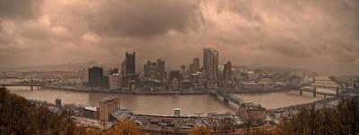 Pittsburgh Skyline 1 Art Print by Wade Aiken