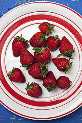 Plate Of Strawberries Art Print by Garry Gay