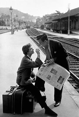 Platform Cigarette Print by Kurt Hutton