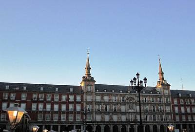 Photograph - Plaza Mayor And Lamp Post At Sundown In Madrid Spain by John Shiron