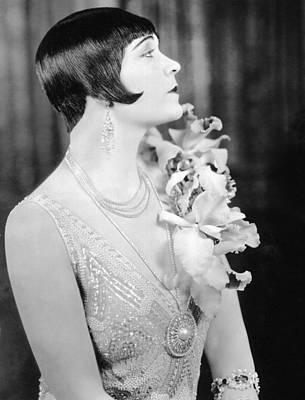 Pola Negri Photograph - Pola Negri, 1926 by Everett