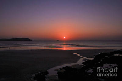 Polzeath Sunset Art Print by Carl Whitfield