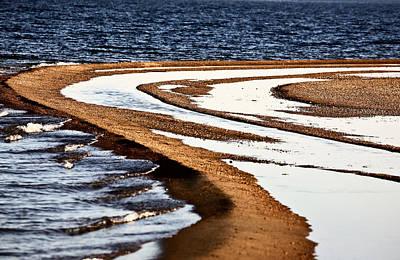 Pool Along A Beach At Lake Diefenbaker  Art Print by Mark Duffy