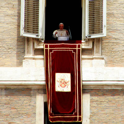 Angelus Photograph - Pope Benedict Xvi B by Andrew Fare
