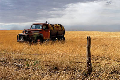Old Trucks Photograph - Prarie Truck by Peter Tellone