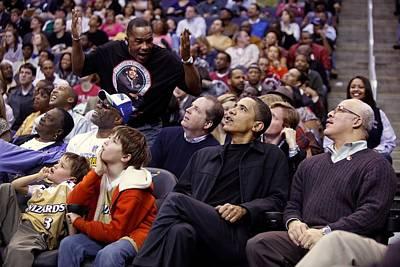 President Barack Obama Attends Art Print