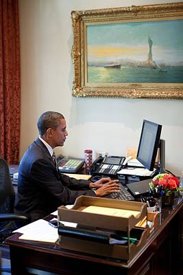 President Barack Obama Does Last-minute Print by Everett