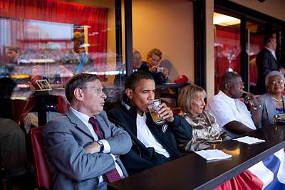 President Barack Obama Watches The 2009 Art Print