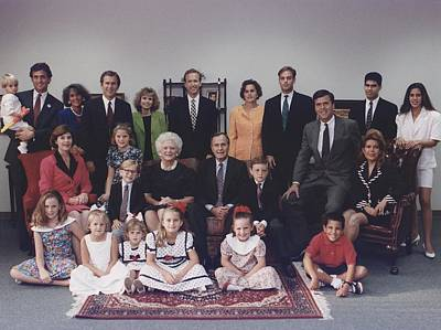 George W Bush Photograph - President George H. W. Bush And Wife by Everett
