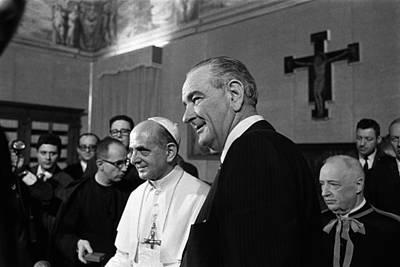 Lyndon Photograph - President Lyndon Johnson At The Vatican by Everett