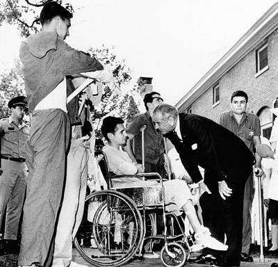 Lyndon Photograph - President Lyndon Johnson Greets Wounded by Everett