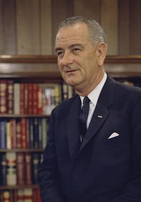 Lyndon Photograph - President Lyndon Johnson. White House by Everett