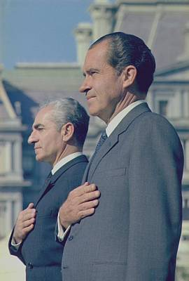 Mohammad Photograph - President Nixon And The Shah Of Iran by Everett