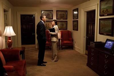 President Obama And Valerie Jarrett Art Print