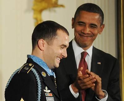 President Obama Applauds Art Print by Everett