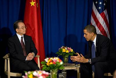 President Obama Meets With Chinese Art Print by Everett