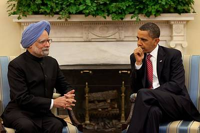 President Obama Meets With Indian Prime Art Print by Everett