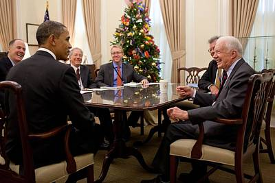 President Obama Talks With Former Art Print by Everett