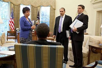 President Obama Talks With Valerie Art Print by Everett