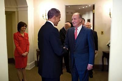 President Obama Welcomes King Juan Art Print by Everett