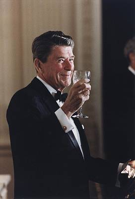 President Reagan Toasting At A State Art Print by Everett