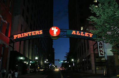 Photograph - Printers Alley In Nashville by Kristin Elmquist