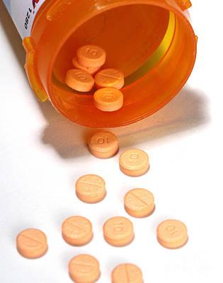 Ptsd Photograph - Propranolol by Photo Researchers