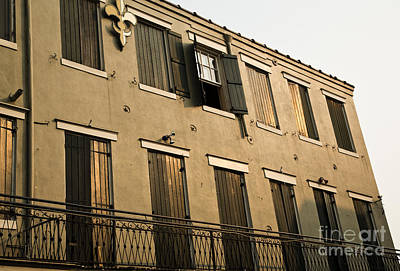 Leda Photograph - Quarter Balcony by Leslie Leda