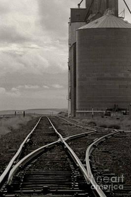 Railroad Tracks Hite Washington Art Print by Larry Lawhead