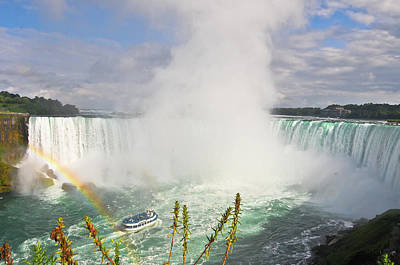 Focus On Background Photograph - Rainbow At Niagara Falls by Aaron Reker Photography