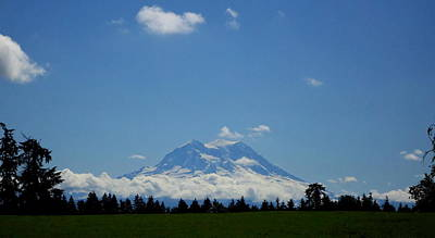 Photograph - Rainier Showing Itself by Peter Mooyman