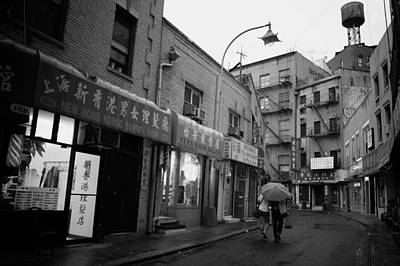 Nyc Rain Photograph - Rainy Evening - Chinatown - New York City by Vivienne Gucwa