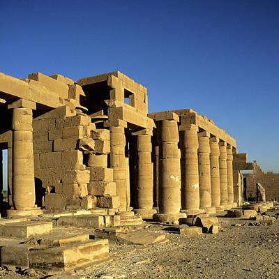 Y120907 Photograph - Ramesseum Temple, Luxor, Egypt by Hisham Ibrahim