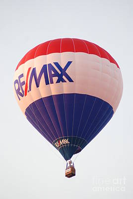 Photograph - Re Max Balloon by Mark McReynolds