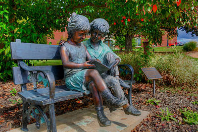 Photograph - Read To Me by Mark Dodd